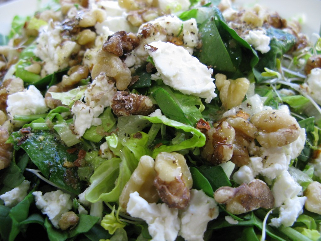Ketogenic - Feta and Walnut Salad with Special House Dressing